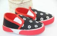 Funny Babies And Children's Shoes 40 Hd Wallpaper