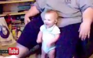 Funny Babies Dancing 17 Background