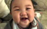 Funny Babies Laughing  6 Background Wallpaper