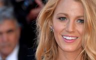 Funny Blonde Celebrities 6 High Resolution Wallpaper