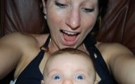 Hilarious Baby Selfies 3 Background Wallpaper