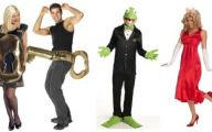 Couples Funny Costumes 3 Cool Hd Wallpaper