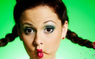 Funny Female Celebrities 11 Free Wallpaper