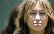 Funny Miley Cyrus Celebrity 6 High Resolution Wallpaper