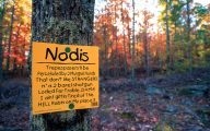 Funny No Trespassing Signs 27 Desktop Wallpaper