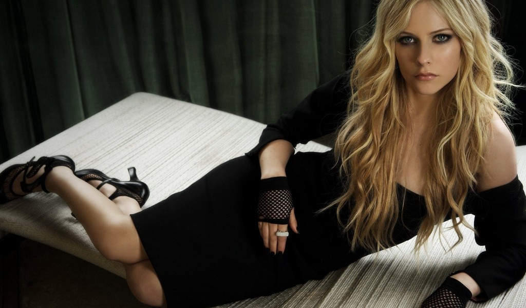 Funny Blonde Celebrities 23 Free Hd Wallpaper