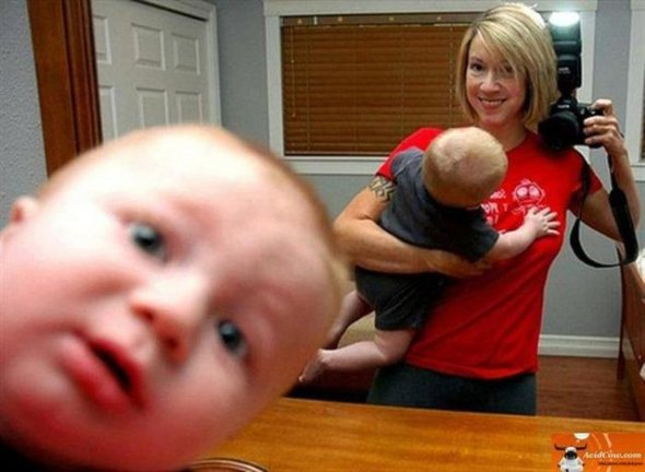 Hilarious Baby Selfies 15 Background