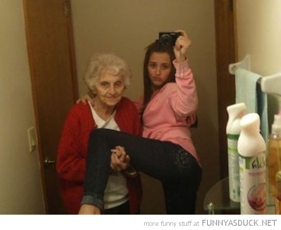 Funny Selfie Pictures 13 Widescreen Wallpaper