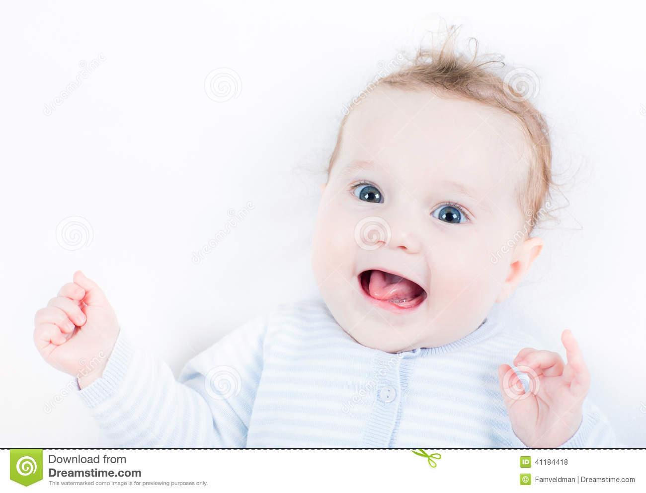 Babys tanzen sehr lustig amp süß!  Babies dancing very