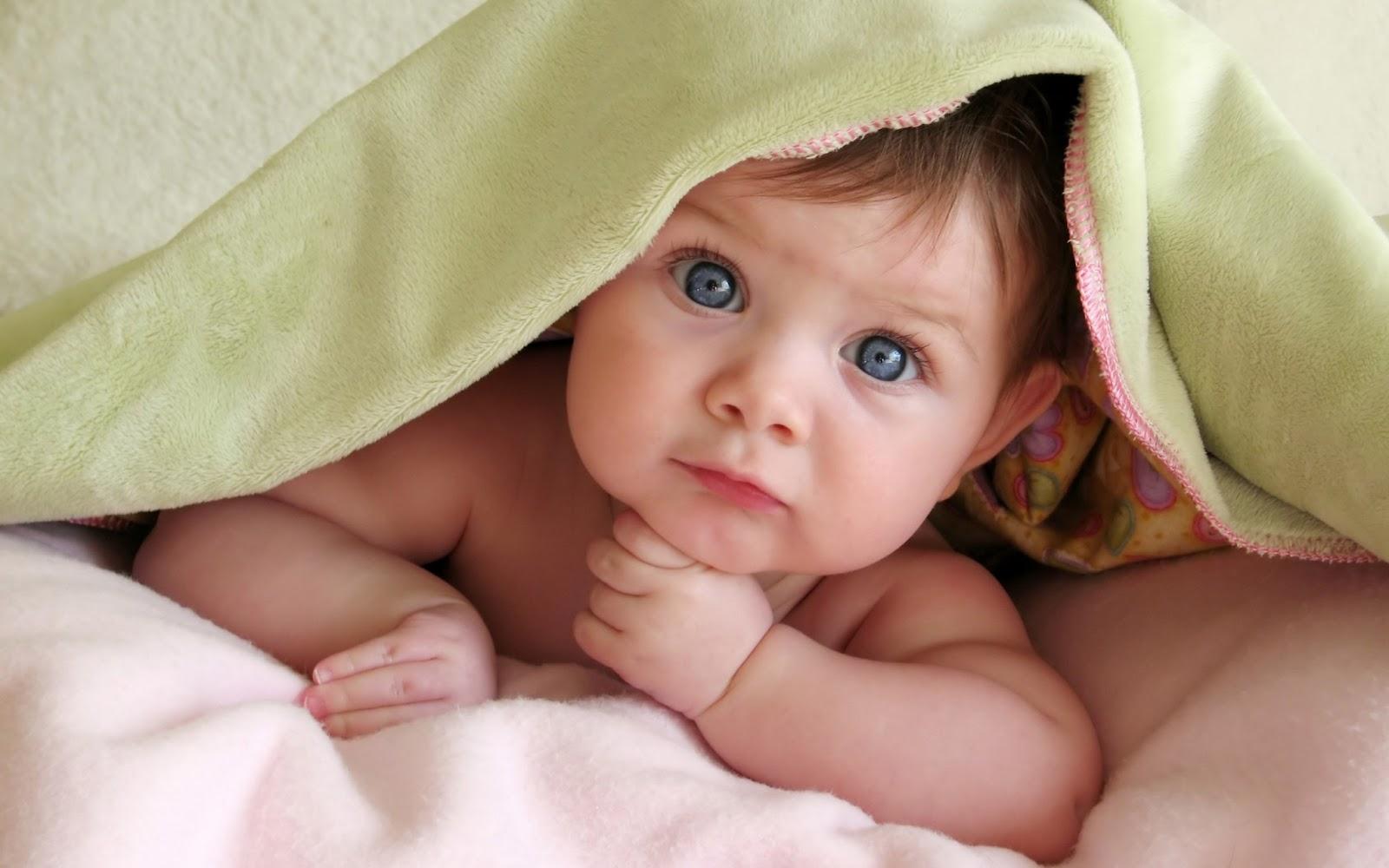 Very Funny Babies 26 Widescreen Wallpaper
