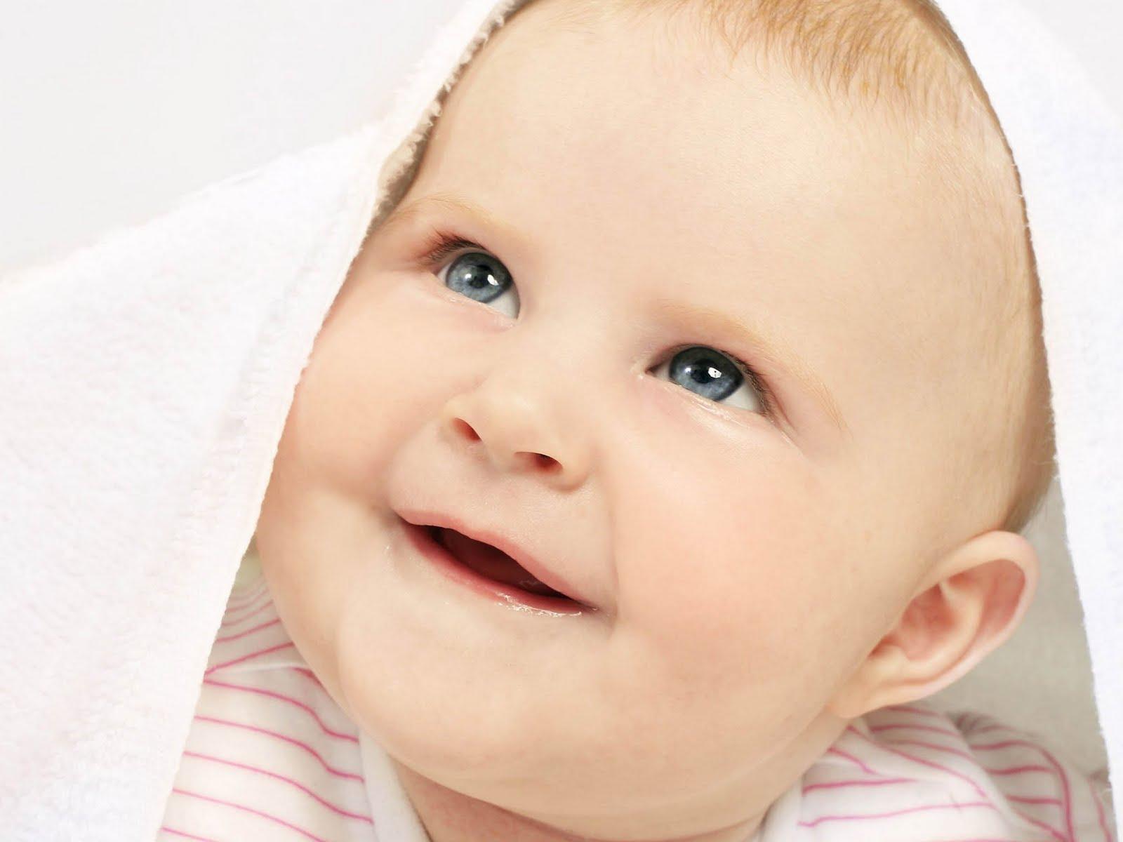 Funny Baby Wallpaper 1 Widescreen Wallpaper