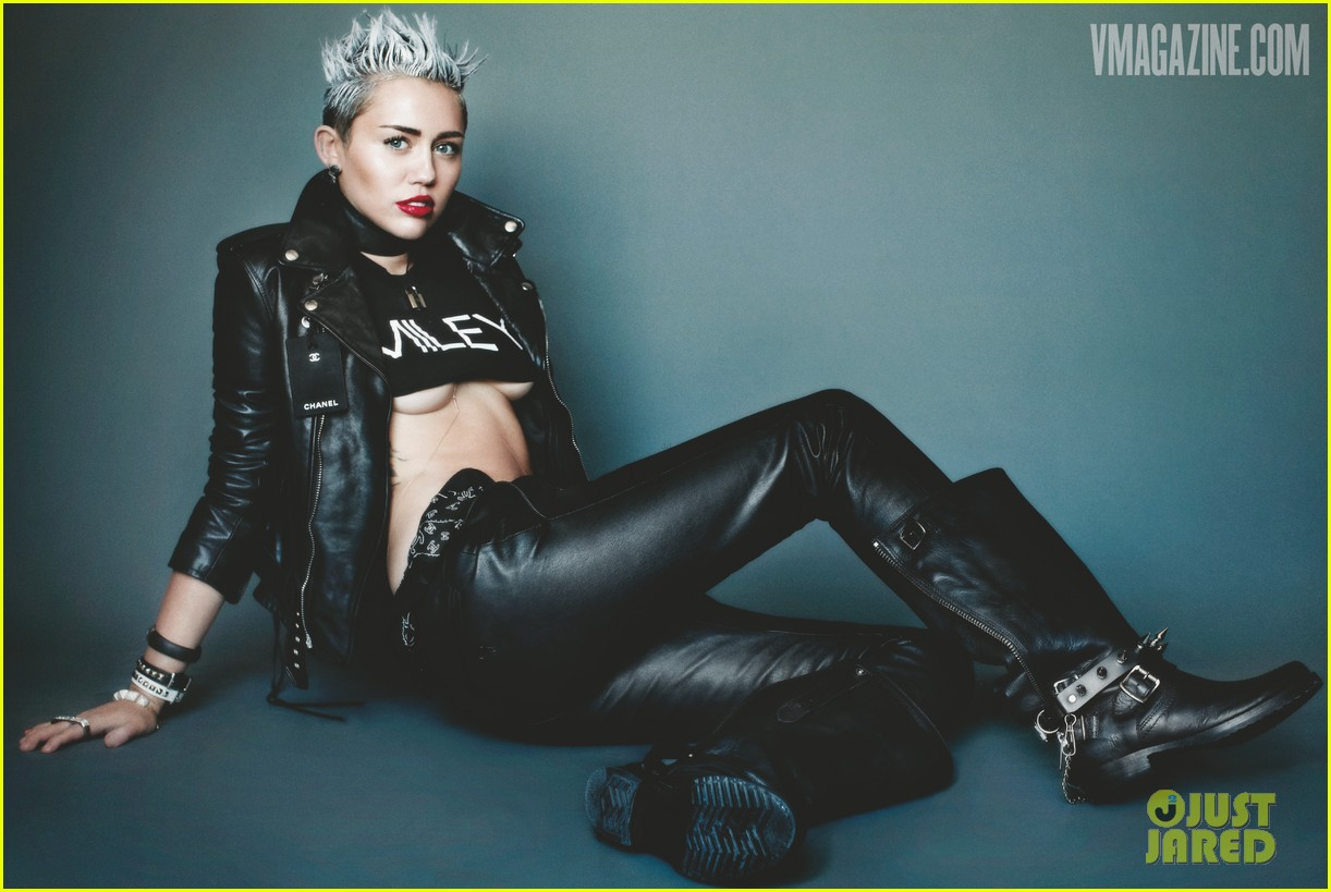 Funny Miley Cyrus Celebrity 33 Desktop Background