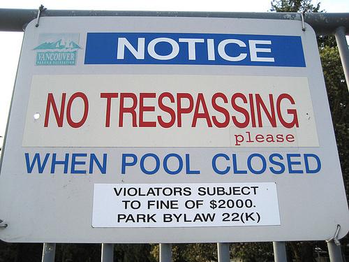 Funny No Trespassing Signs 16 Hd Wallpaper